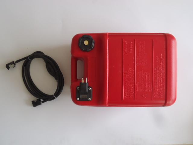 YHX Marine Parts One Stop Plastic Fuel Tanks For Boats 3 Gallon - 12litre